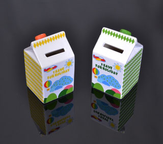 Pokladnička keramická Milk Box Save For Holiday
