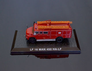 DeAgostini Model veterán MAN-450 HA-LF 1:72